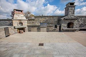 Valdes Paving Stone